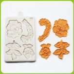 KNITTED FLOWER MOLD