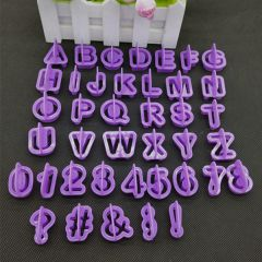 40 PCS ALPHABET/NUMBER CUTOUT